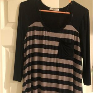 Black and Tan striped 3/4 length sleeve